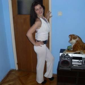 Timida 21 ani Ilfov - Matrimoniale Santu-floresti - Ilfov