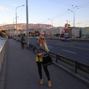 Gnatalia 24 ani Bucuresti - Matrimoniale Bd--gloriei - Bucuresti