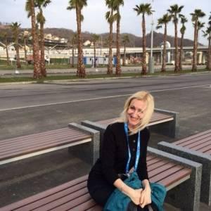 Dana_eliza 26 ani Botosani - Matrimoniale Albesti - Botosani