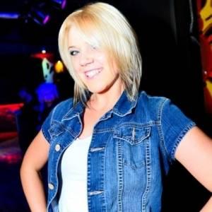 Blonda_ta 25 ani Satu-Mare - Matrimoniale Piscolt - Satu-mare