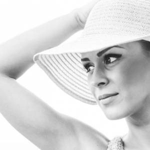 Elena_din_troia 33 ani Arad - Matrimoniale Siria - Arad