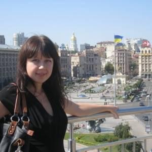 Scufita_rosie 27 ani Suceava - Matrimoniale Botosana - Suceava