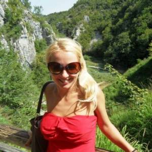 Lucika 29 ani Olt - Anunturi matrimoniale Olt - Femei singure Olt