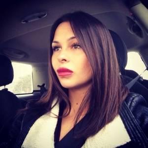 Adriana_costinesti 27 ani Sibiu - Matrimoniale Apoldu-de-jos - Sibiu