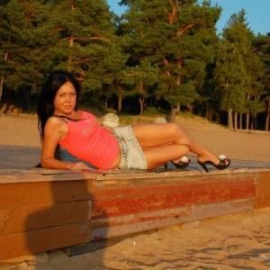 Adinaaa 26 ani Timis - Matrimoniale Comlosu-mare - Timis