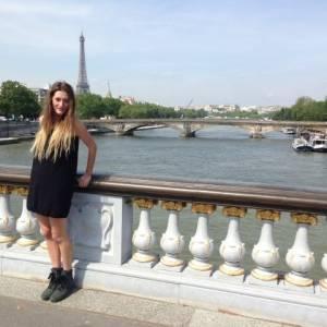 Daniela_pisi 24 ani Suceava - Matrimoniale Poiana-stampei - Suceava