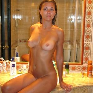 Babylove 36 ani Valcea - Escorte Valcea - Prostituate de lux Valcea - Pronapic