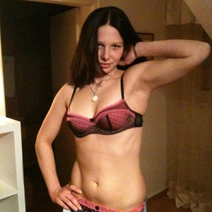 Byby_sweet - Estera Escorte