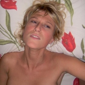 Beautyandbrains - Escorte Babe