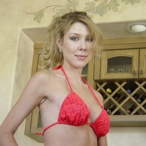 Jenny4u - Escorte Nana - Femei mature care fac sex cu animale Nana