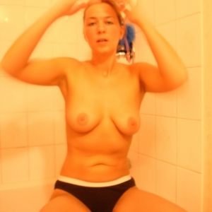 Al3 25 ani Suceava - 3D Xxx - Porno Mather din Cornu Luncii - Escorte Chinezoaice Cornu Luncii