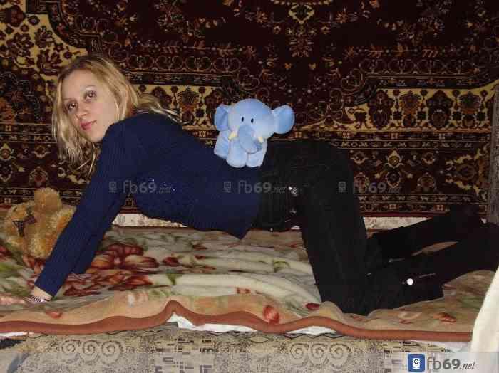 Показать домашние фотографии русских девушек дома