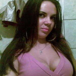 Cami26