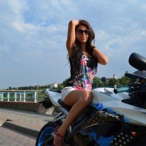 Me_monyk