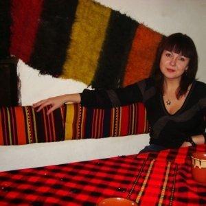 Elenaparaschiv2011