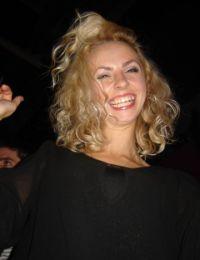 Laura2010 bucuresti - 25 ani