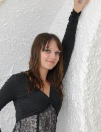 Adeluta22 femeie sexy din Caras-Severin - 27 ani