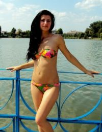 Yadira_dede simpatie din Botosani - 32 ani