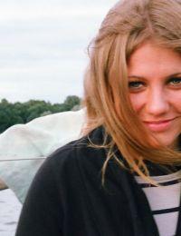 Allyssa_dg bucuresti - 27 ani