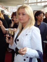 Elena85 din Cluj - 23 ani
