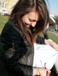 Ioana_alicia femeie singura din Bacau - 24 ani
