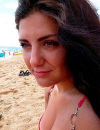 Florynna 24 ani Escorta din Vrancea