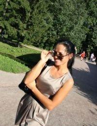 Emilia69 26 ani Escorta din Vrancea