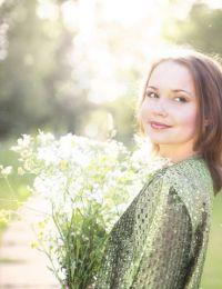 Nicole_and intalniri online in Bihor - 25 ani
