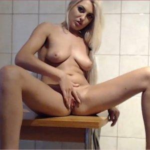 Violeta_64_fr