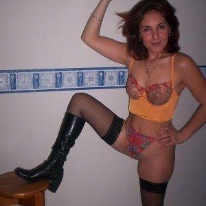 Caut fata pentru sex in trei. oaza fantanele hunedoara: escorte frumoase recomandate