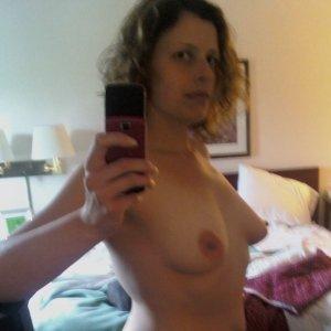 Capsunica 26 ani Arad - Escorte Arad - Prostituate din Arad