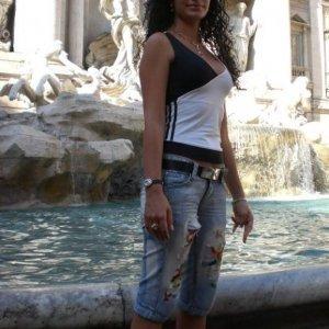 Vivian_via1 - Mihaela brunetzika - Doua fete carefac dragoste de 18 ani