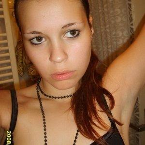 Mimi38 - Caut numere telefon fete - Femei care cauta jumatatea 57 60