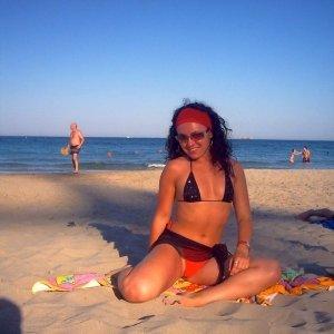 Giova 23 ani Calarasi - Escorte Calarasi - Matrimoniale Calarasi
