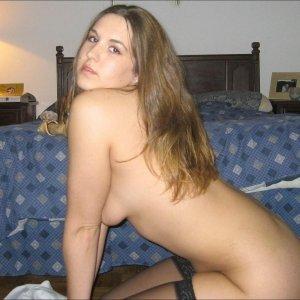 Mira_bella - Curve Aroneanu - Caut matrimoniale femei divortate cu poze