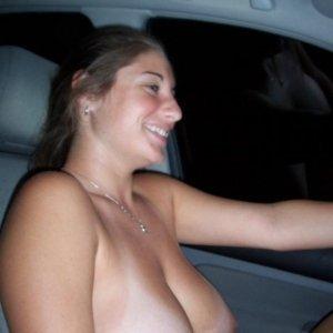 Elena334 - Matrimoniale Vitan Mall - Femei goale care fac sex