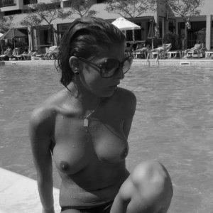 Gina44 - Curve Gura Vaii - Fete nude