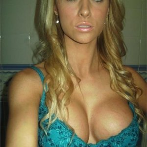 Elenaanton - Sex med fete i buzau - Femei din hargita care vor sase marite