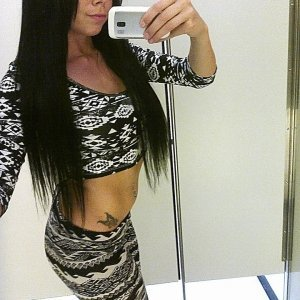 Elyana_ro - Caut fata sex alba - Cautam baiat tanar din constanta
