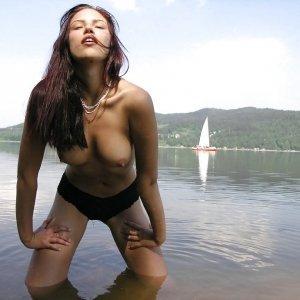 Fazakasmirabelaelena - Femei Rodna - Masaje erotice