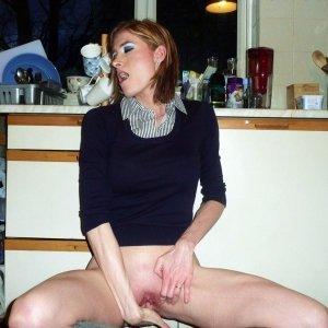 Gritty - Dame de companie Darlos - Sex cu pustoaice