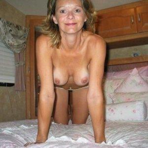 Inas30 - Dame de companie Tatulesti - Femei sex cu ciini