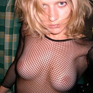 Nirvana - Nimfomane satu mare - Id fete facebook electromagnetica