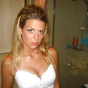 Hetland2003 - Curve Manastirea Humorului - Femei frumoase facebook