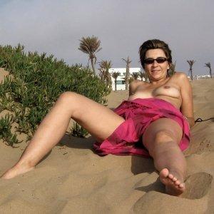 Yanuska - Femei care se marit - Femeie serioasa caut barbat pt sex ocazional