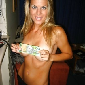 Fasuiemilia - Facebook fete blaj - Pizda paroasa galerie foto personala