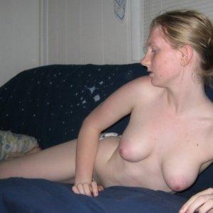 Monicasexonline 28 ani Suceava - Escorte Suceava - Femei maritate din Suceava care vor sex