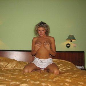 Cris8bi 22 ani Ilfov - Escorte Ilfov - Sex pe bani in Ilfov