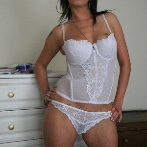 Y0ana 34 ani Hunedoara - Matrimoniale obiectiv din Brad