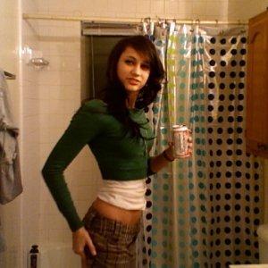 Iulia_stelistta89 - Tatuage facute la pizda - Firme de pui in alesd carne
